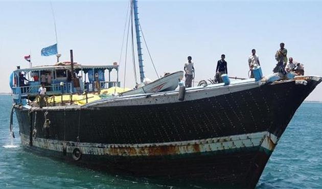 Yemen'de yardım gemilerine engel