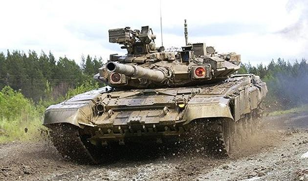 Rusya'dan Hindistan'a 464 adet T-90 tankı