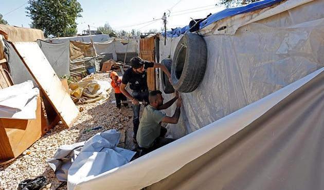 AYM, Suriyelinin sınırdışı kararını durdurdu
