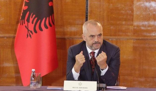 Arnavutluk liderinden Trump'a tebrik