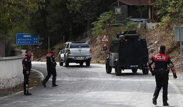 Antalya'da jandarma ekibine ateş: 1 şehit