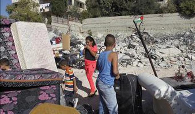 İsrail güçleri sosyal etkinlik merkezini yıktı