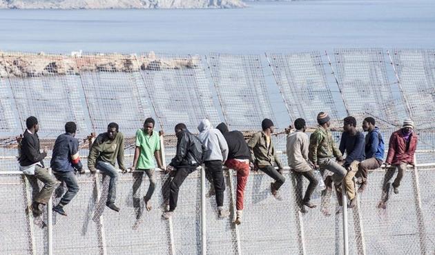 İspanya'daki göçmenler isyanda