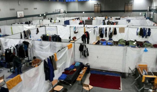 Almanya'da sığınmacı kamplarına saldırılar sürüyor