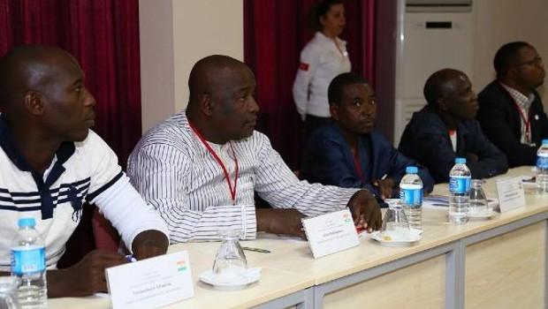 Nijerli sağlık çalışanlarının eğitimi tamamlandı
