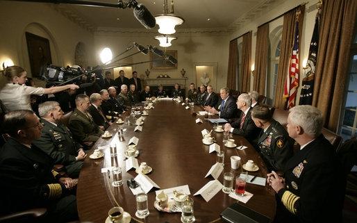ABD'de sivil-asker ilişkilerinde kriz çıkabilir