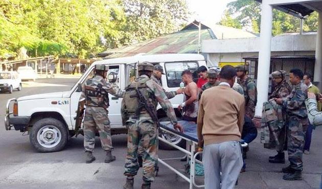 Hindistan'da orduya saldırı