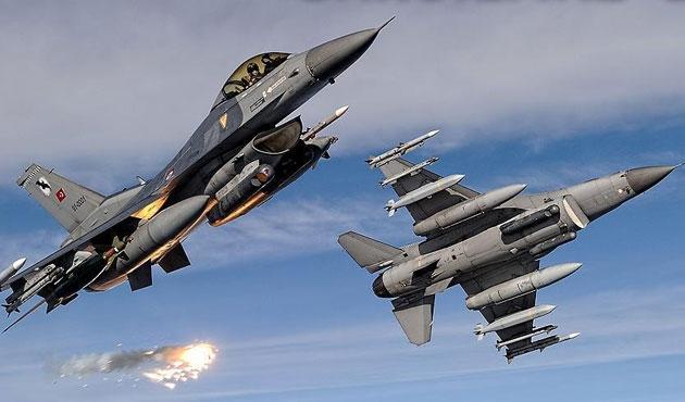 Kuzey Irak'ta 12 PKK hedefi imha edildi