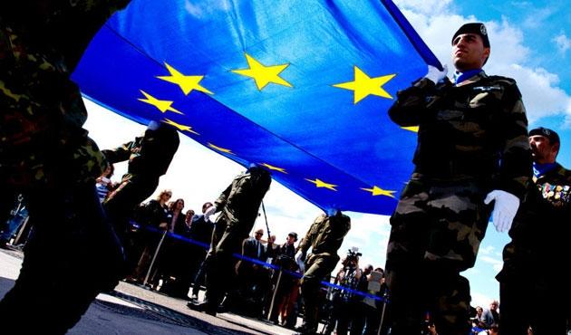 AP 'Avrupa Ordusu'na evet dedi