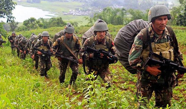 Filipinler'de DEAŞ bağlantılı gruba operasyon