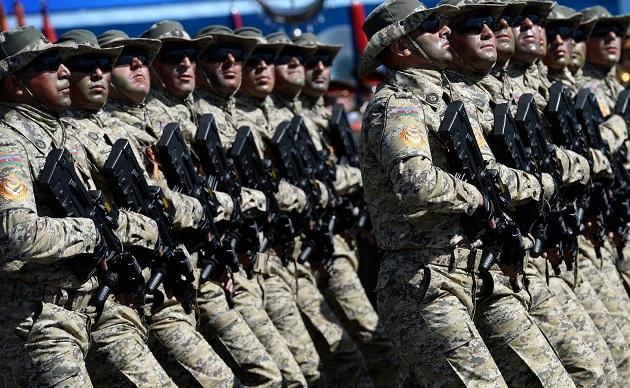 Azerbaycan-Ermenistan silahlanıyor; Ruslar kârlı çıkıyor
