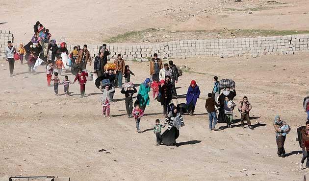 Musul'da iki günde 3 binden fazla sivil evinden oldu