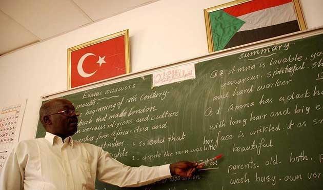 Sudan'daki FETÖ okulları Maarif Vakfına devrediliyor