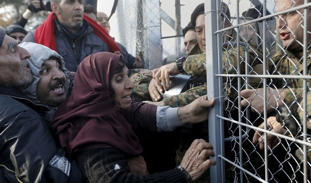 Macaristan sığınmacı göçüne karşı Makedonya'ya güveniyor