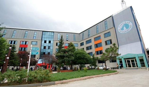 Üsküdar Üniversitesi'nde 'Siyaset Okulu' açıldı