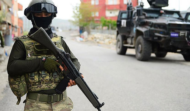 Şanlıurfa'da eve operasyon; Dört PKK'lı öldü