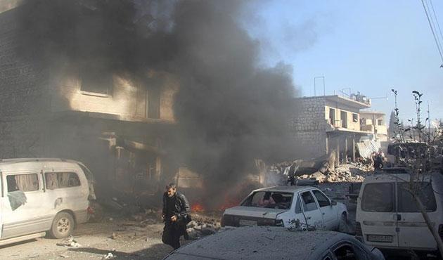İdlib'de yerleşim yerleri vuruldu
