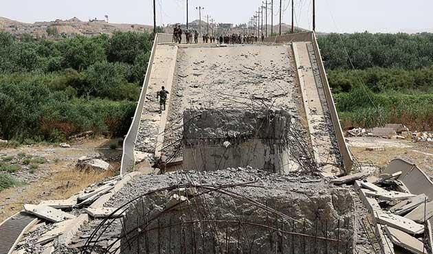Musul'da kalan son köprü de devre dışı