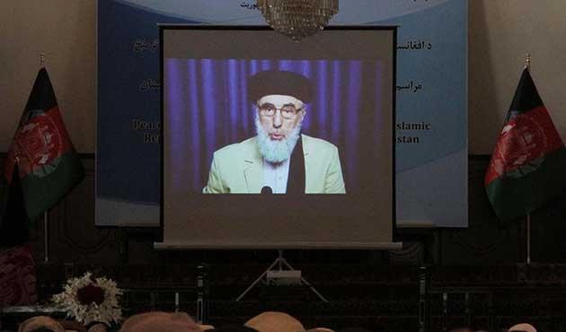 Hikmetyar Afganistan'a dönüyor