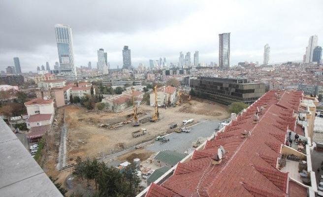 Şişli'deki 4 gökdelenin inşaatı durduruldu