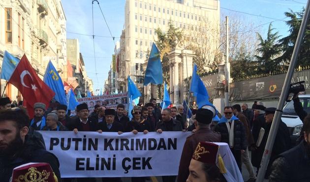 Kırım Türklerinden 'hak ihlali' protestosu