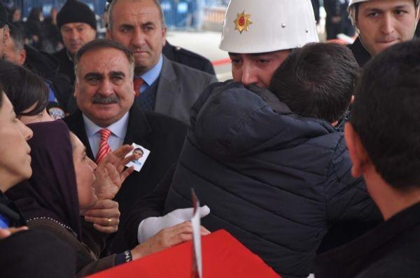 Türkiye şehitlerini uğurluyor | FOTO