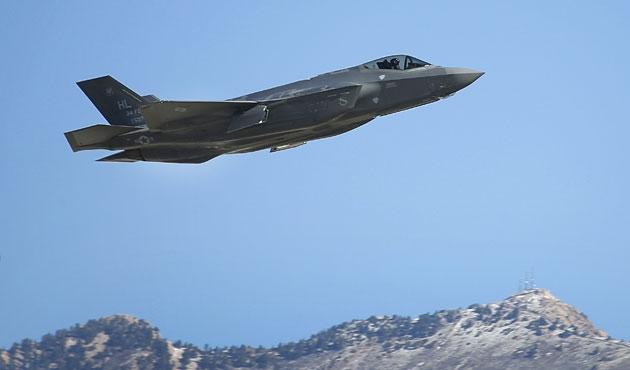 Trump tweet attı, F-35'in hisseleri değer kaybetti