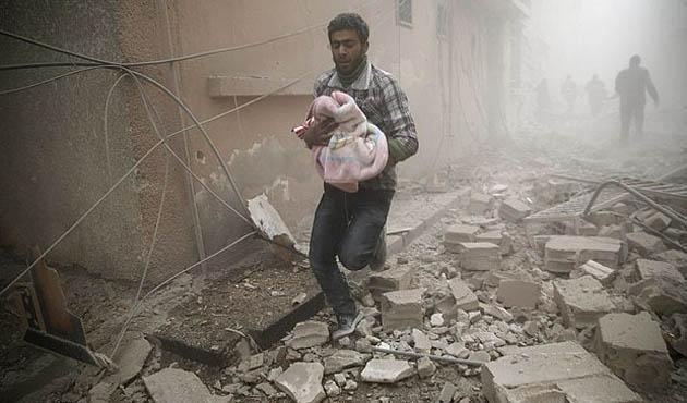 Halep'te bina altında 100 çocuk mahsur kaldı