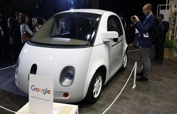 Google, sürücüsüz aracı 'Waymo'yu tanıttı | FOTO