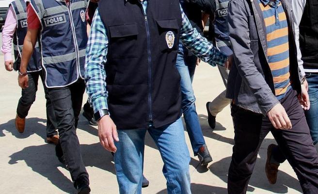 PKK propagandası yapan 2 memur gözaltında