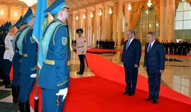 İsrail Başbakanı Netanhayu Kazakistan'da