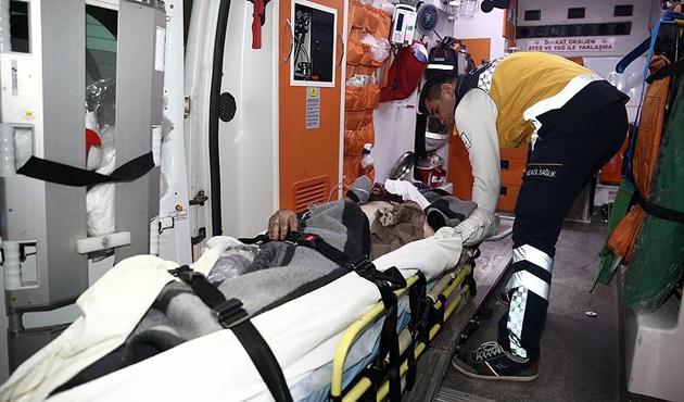 Halep'ten 51 yaralı Hatay'daki hastanelere getirildi