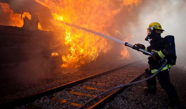 Hayfa'da petrol rafinerisinde yangın