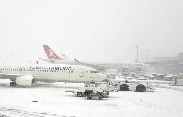 İstanbul'da kış: Atatürk Havalimanında seferler azaltılacak