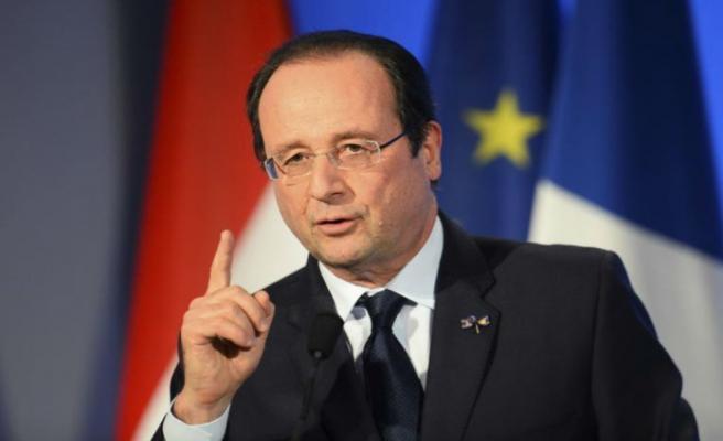 Hollande'dan Esed rejimi için yaptırım talebi