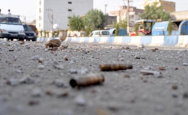 Nusaybin'de silahlı çatışma; 4'ü ağır 5 yaralı