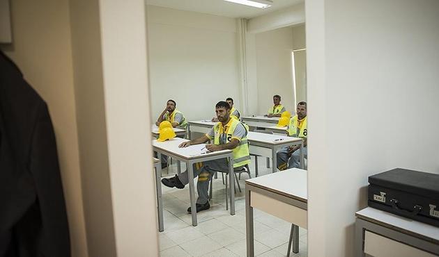 Mesleki kurslar MEB'e bağlandı