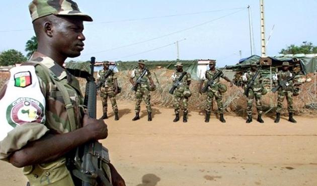 Gambiya'daki ECOWAS askerlerinin sayısı azalıyor