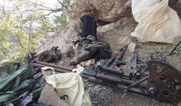 Hakkari'de PKK'ya ait malzemeler ele geçirildi