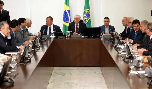 Brezilya, bozuk et skandalının etkilerini azaltmaya çalışıyor
