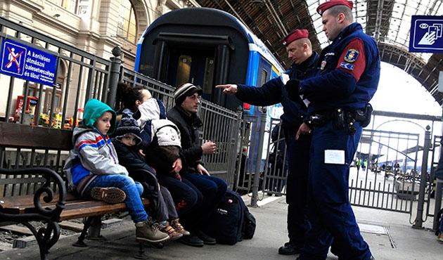 162 sığınmacı Macaristan kapısından geri döndü