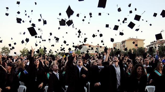 Devlet üniversiteleri yurt dışında akademik birim kurabilecek