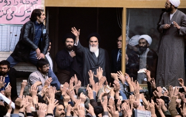 TARİHTE BUGÜN: İran'da İslam Cumhuriyeti ilan edildi