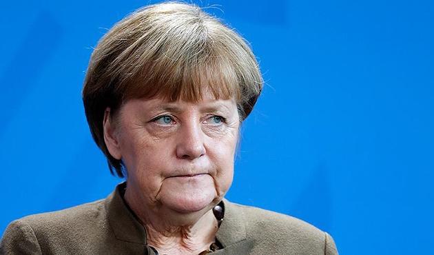 Merkel: Bu krizin askeri bir çözümle aşılabileceğine inanmıyorum