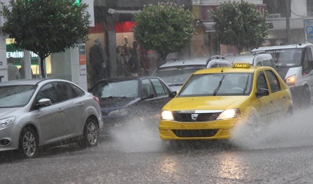 Meteoroloji'den 12 il için şiddetli sağanak uyarısı