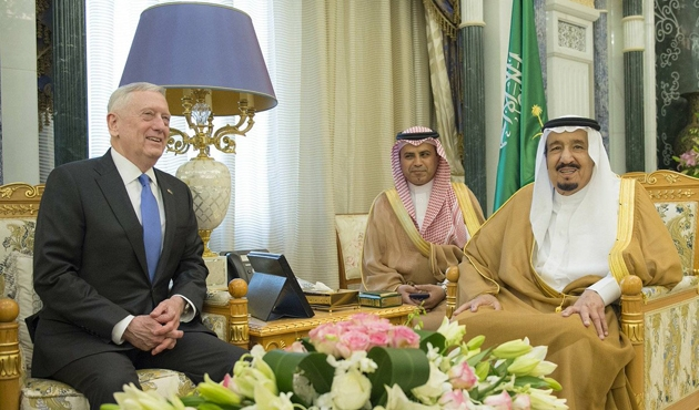 ABD Savunma Bakanı Mattis Suudi Arabistan'da