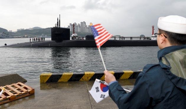 ABD Güney Kore'ye denizaltısını da gönderdi