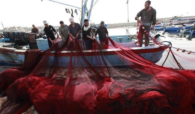 Filipinler'de 5 balıkçı kaçırıldı