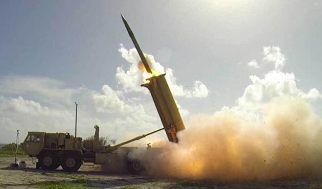 Çin, Güney Çin Denizi'ne roket fırlatma sistemi konuşlandırdı