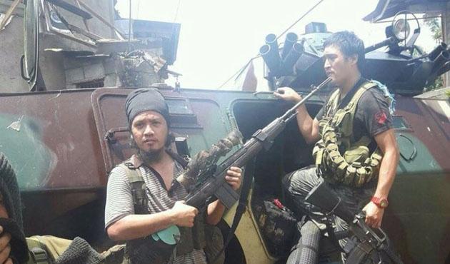 Filipinler'deki çatışmalarda ölü sayısı artıyor